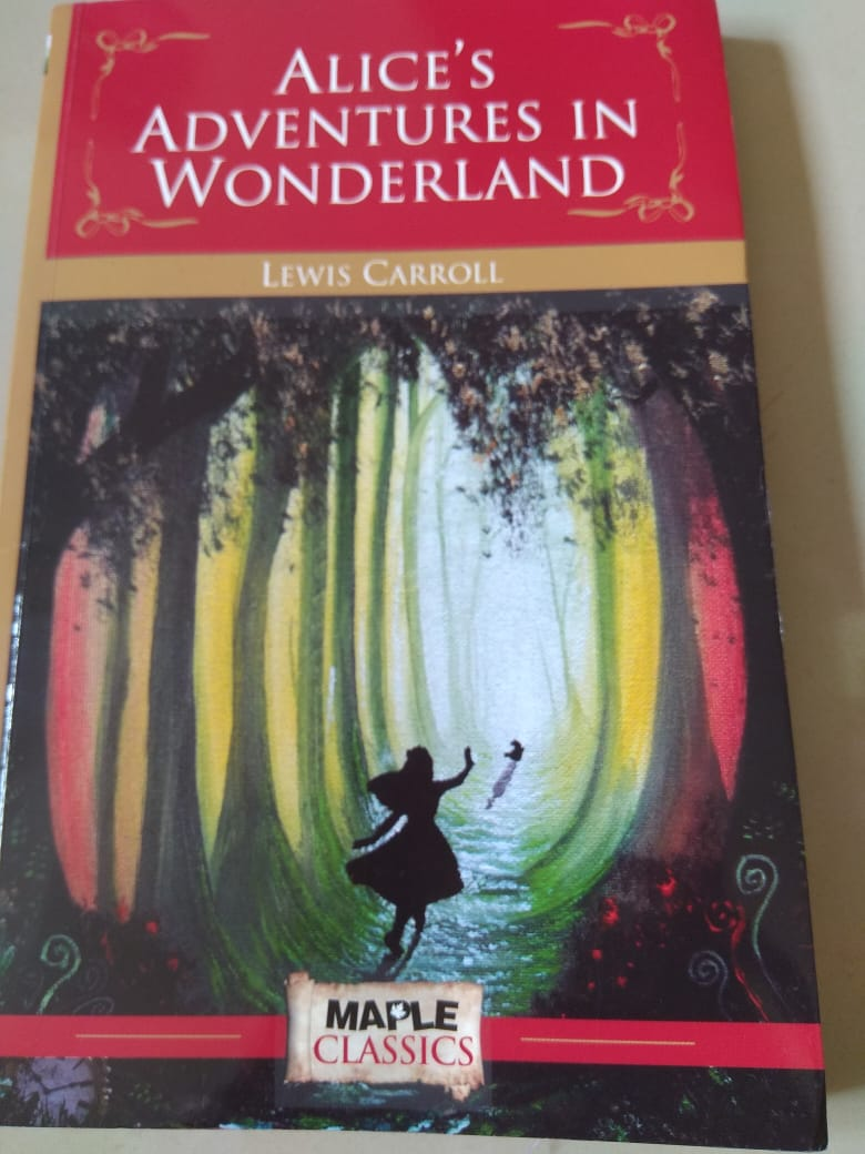 Review: Alice's Adventures In Wonderland by Lewis Carroll